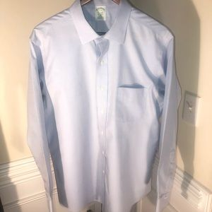 Brooks Brothers Mens Classic Fit Blue